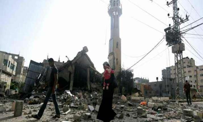 gaza death toll mounts to 940 amid fragile 12 hour truce