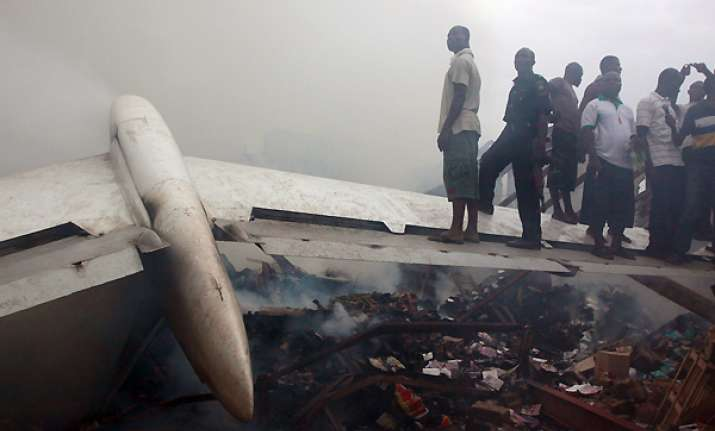 grim search for dead after nigerian plane crash