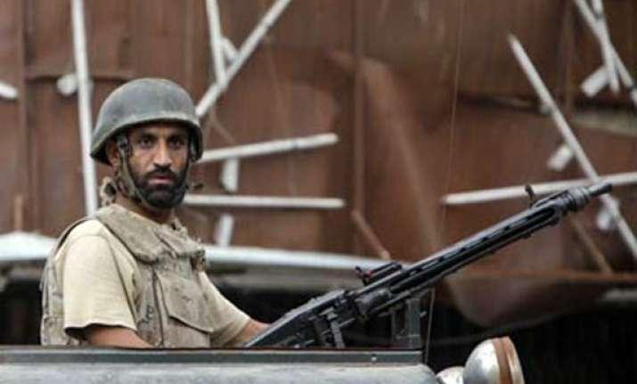 gunmen ambush police van in karachi 4 personnel shot dead