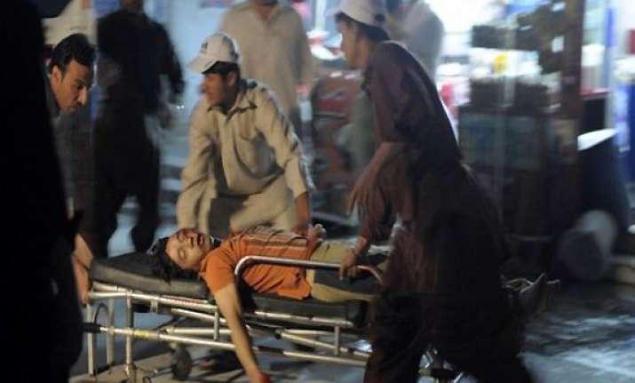 gunmen kill eight in pakistan