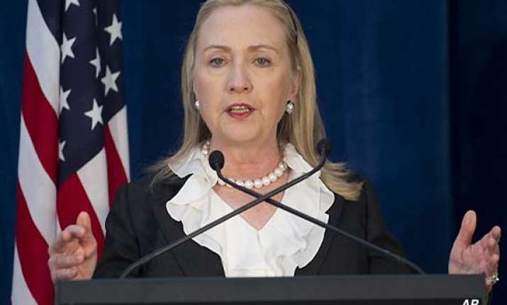 hillary clinton urges india to play larger role in asia
