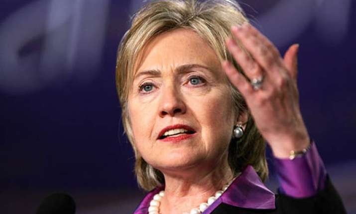 hillary welcomes india pak talks