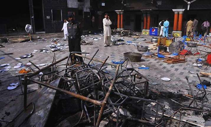 hindu temple desecrated set on fire in pakistan