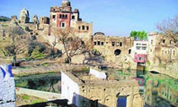 hindus throng centuries old renovated katasraj temple