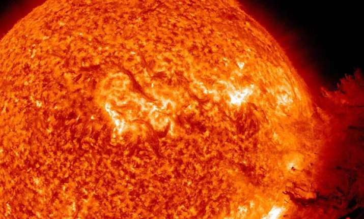 huge solar blast may hit earth on friday