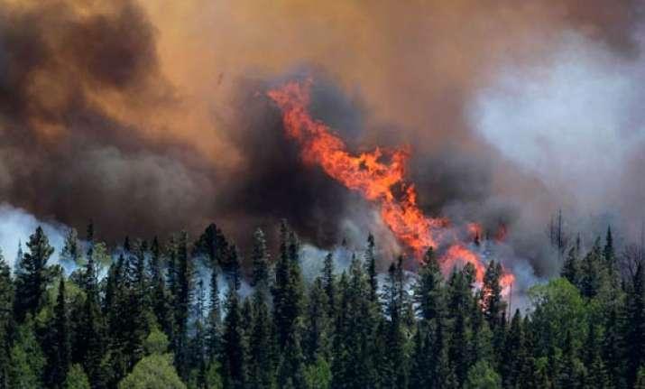 huge wildfire in arizona