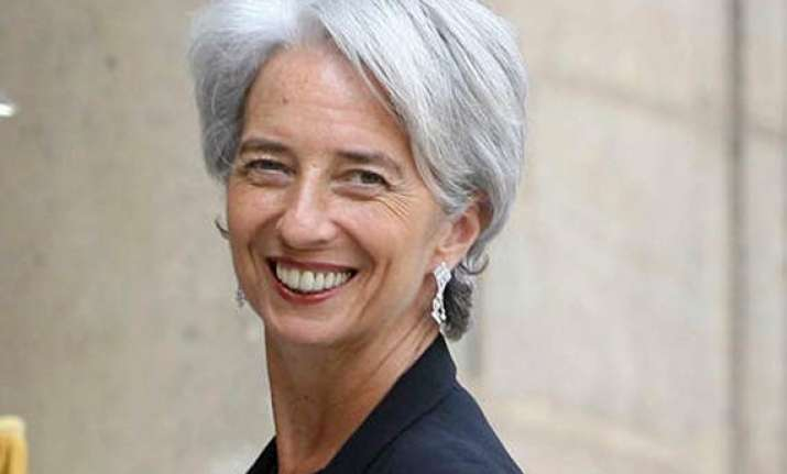 imf expected to select lagarde as new managing director