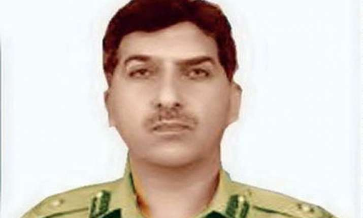 isi chief pasha on secret foreign visit but not to us