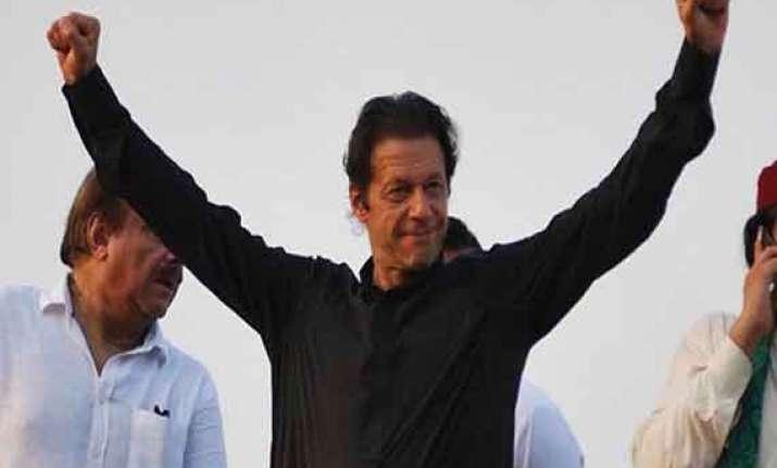 imran khan wants to marry in naya pakistan