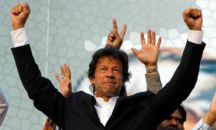 imran khan addresses thousands at minar e pakistan rally