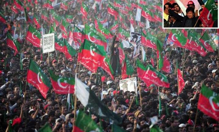 imran s tsunami rally bowls over karachi