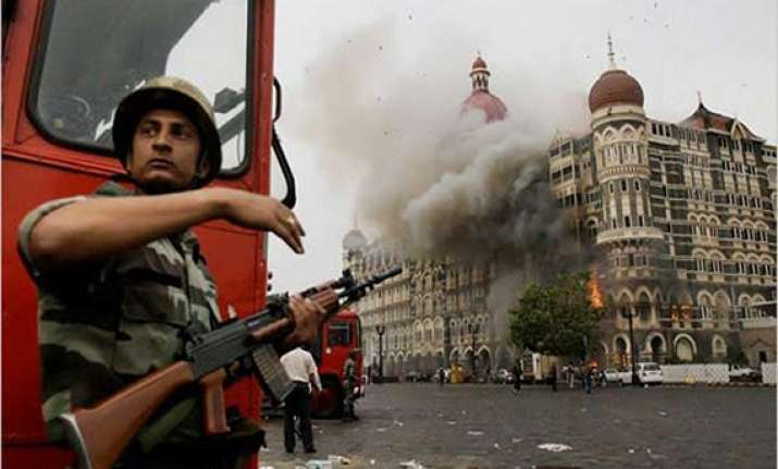 in pak court lawyers of 26/11 accused ask for hard evidence