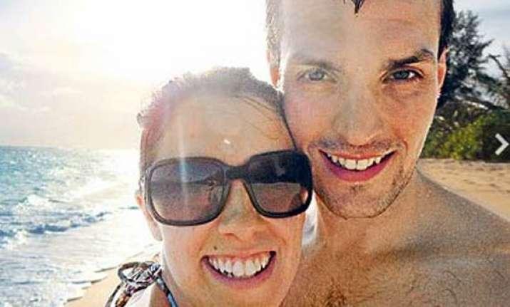 in front of wife shark kills man on honeymoon