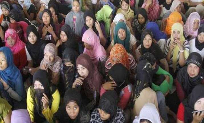 india cautions women workers in saudi arabia not to go on