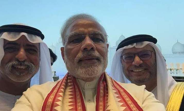 pm modi does a first visits sheikh zayed grand mosque in uae