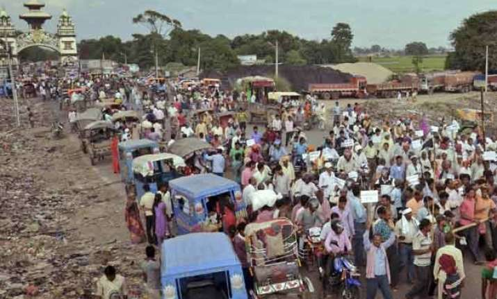 nepal s madhesi agitation turns violent again several hurt