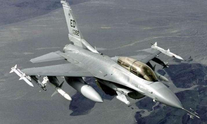 two killed in us f 16 jet civilian plane collision