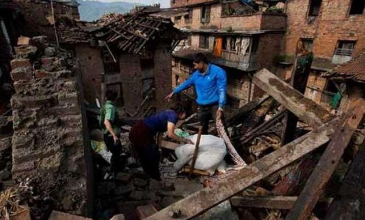 nepaldevastated british survivors return