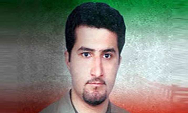 missing iranian scientist defects to us