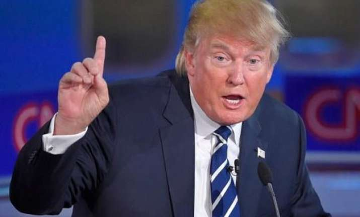 donald trump returns to debate stage in new hampshire