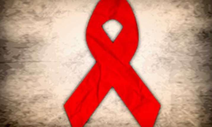 anti herpes drug may help treat hiv study