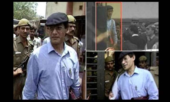 un rights body rejects reports about clean chit to sobhraj
