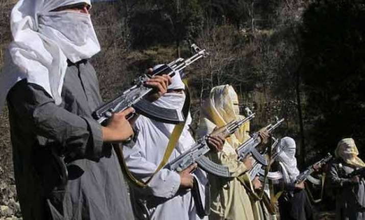 pakistani taliban switches side vows to send jihadists to