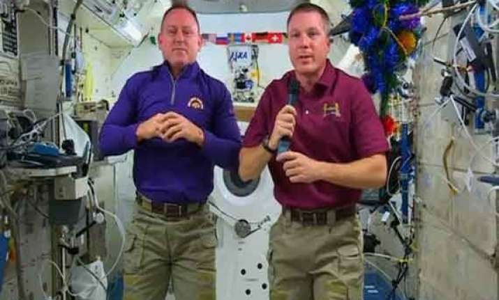 iss astronauts celebrate new year s eve 16 times