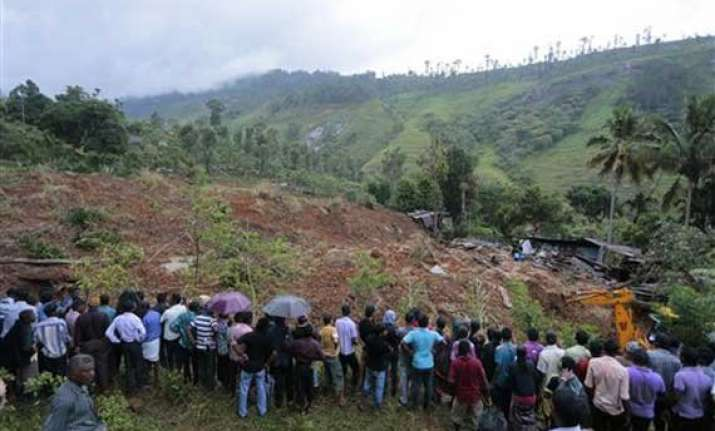 sri lanka says no hope finding mudslide survivors
