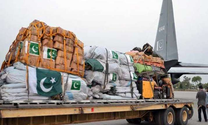 pak sends two planeloads of relief material to nepal