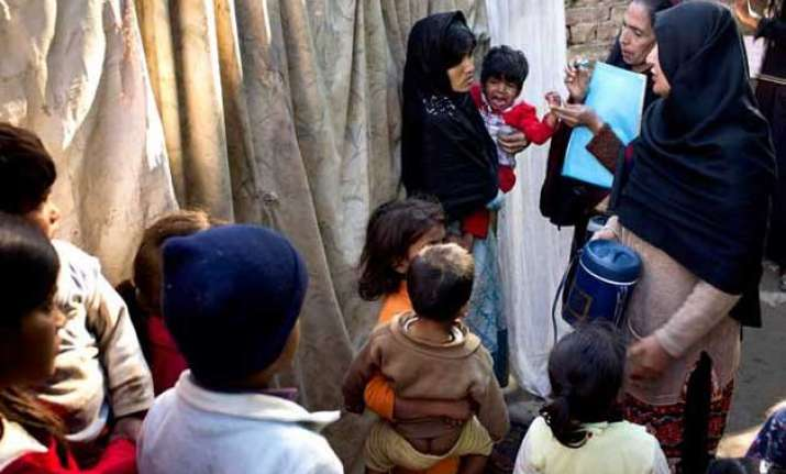 pakistan s first polio campaign of 2015 cancelled