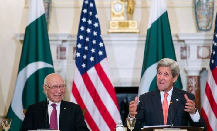 us pakistan call for resolving kashmir issue through