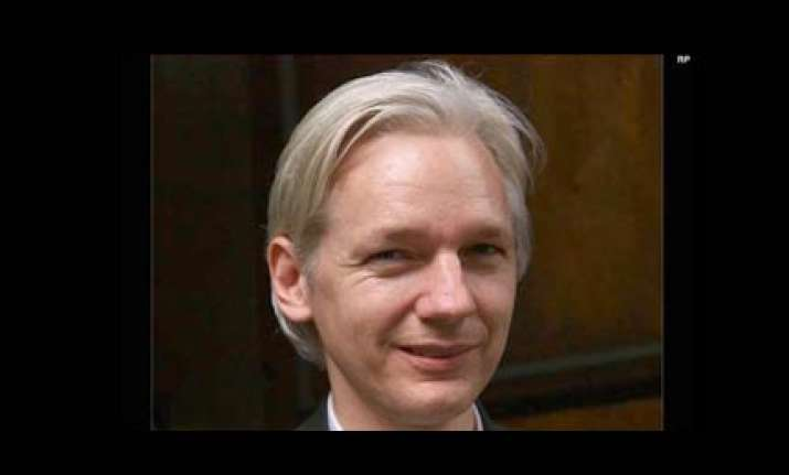 sweden drops warrant for wikileaks founder over rape charge