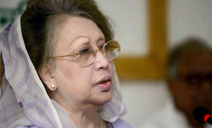 ex bangladesh pm khaleda zia granted bail in graft cases