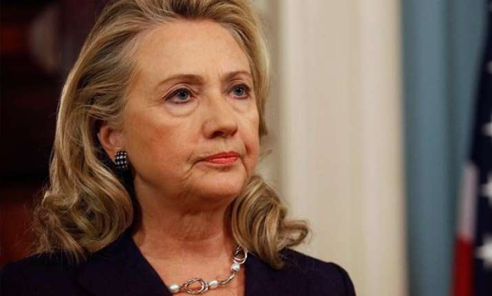 hillary clinton unveils 350 bn plan for students