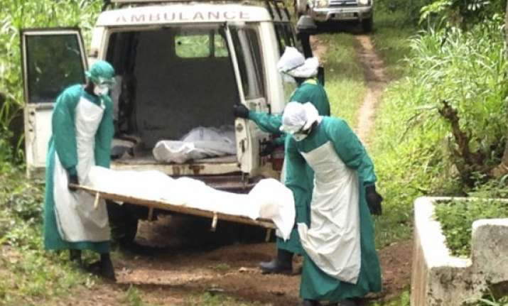 un ebola death toll rising to 4 500 this week