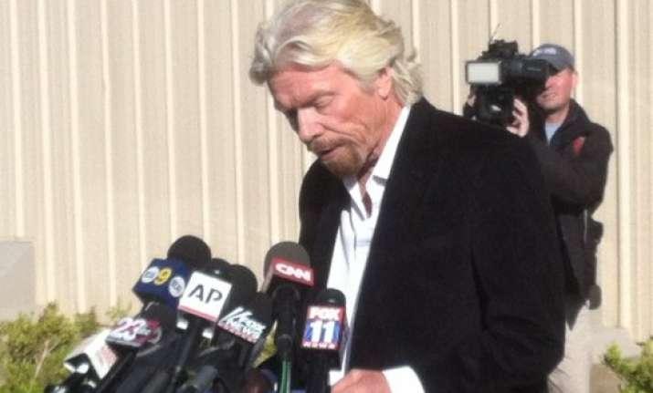 richard branson vows to find out cause of spacecraft crash