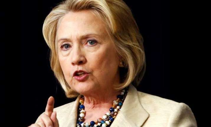 hillary clinton to call for lifting cuba embargo