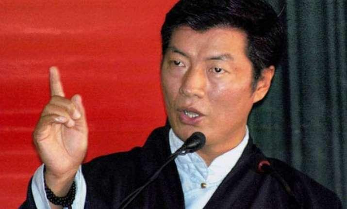 tibetan prime minister lobsang sangay wants china to hand