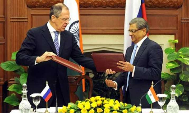 russia and india likely to ink trade military deals