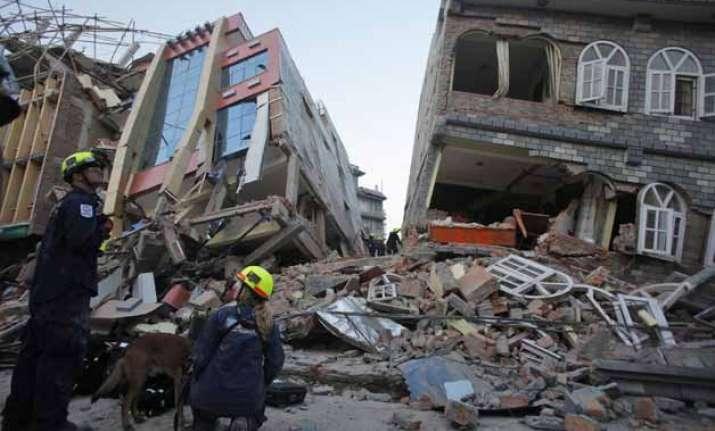 50 killed as new powerful quake hits nepal