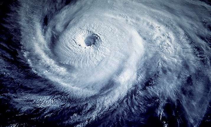 35 killed by cyclone chedza in madagascar