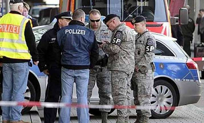 2 killed in germany shooting suspect captured
