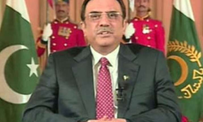 zardari tops list of leaders who were absent when needed