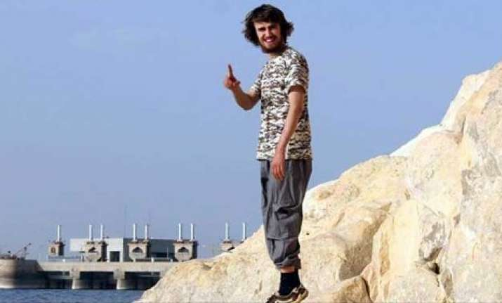 20 yr old jihadi jack first british citizen to join isis
