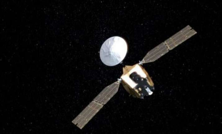 nasa orbiter ready for mars lander s arrival in 2016