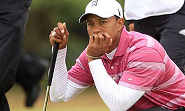 tiger woods loses top spot lee now no. 1 golfer