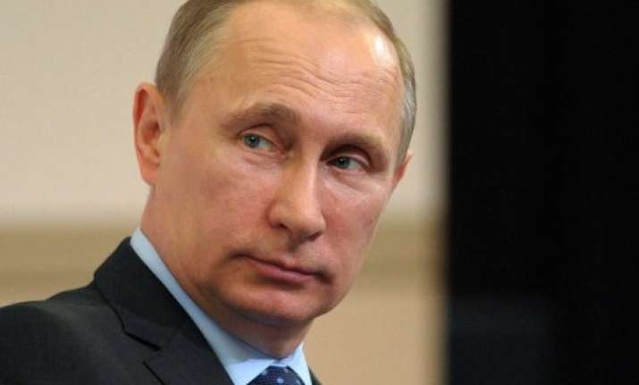 putin merkel call for new talks between kiev separatists