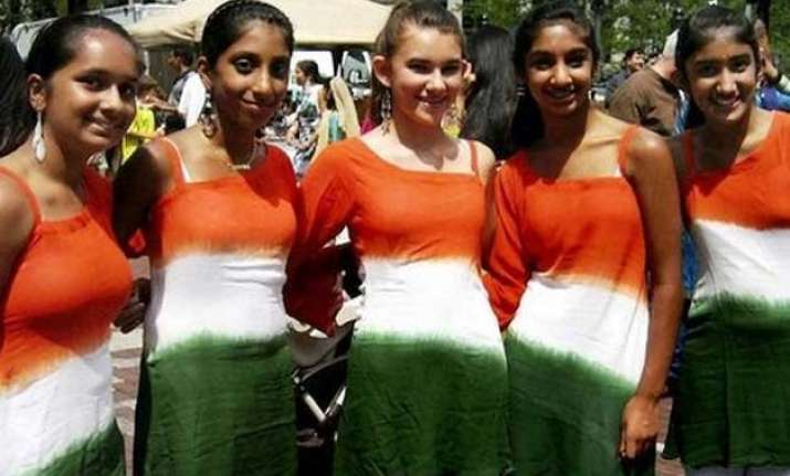 affluent chicago suburb to host india s independence day