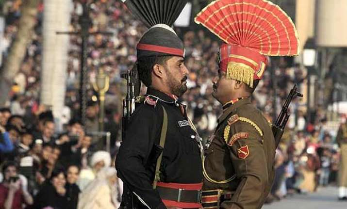 bsf pakistan rangers officials may meet next month in new